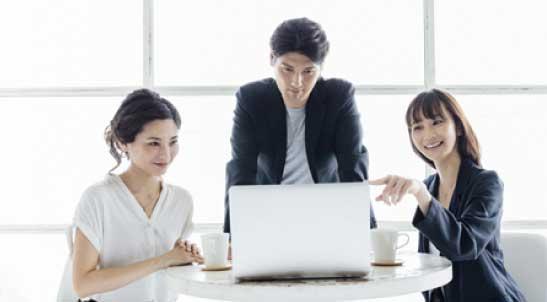 起業で成功するための知識まとめサイトのスマホ用ヘッダー画像